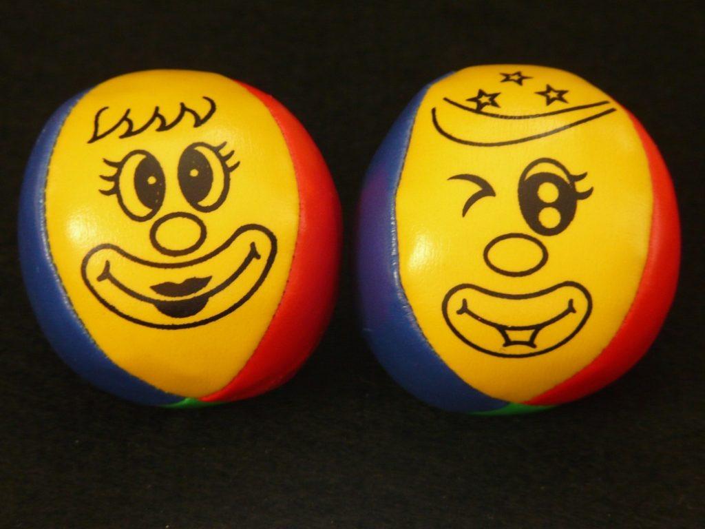 juggling-balls-7942_1920-1030x773